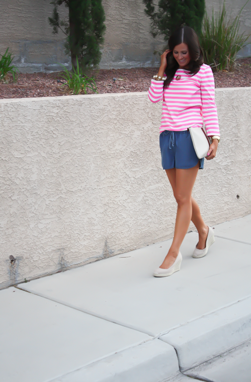 Chambray Shorts, Pink Striped Tee, Casual Style, Michael Kors, J.Crew, Madewell, Pearl Jewerly  8
