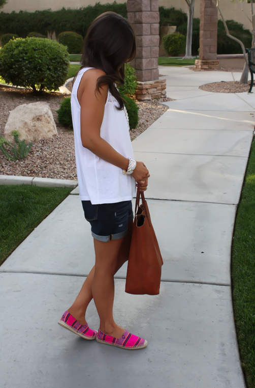 J.Crew Pink Espadrilles, Gap Sexy Boyfriend Shorts, White Necklace, White Bracelet, Madewell Tote 10