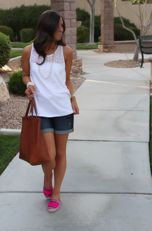 J.Crew Pink Espadrilles, Gap Sexy Boyfriend Shorts, White Necklace, White Bracelet, Madewell Tote 2