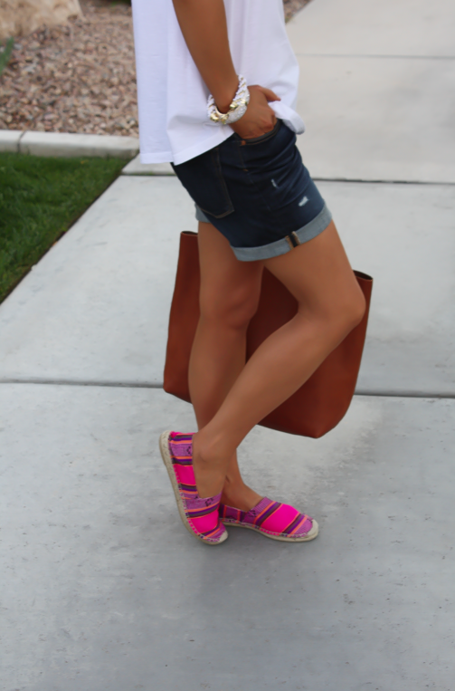 J.Crew Pink Espadrilles, Gap Sexy Boyfriend Shorts, White Necklace, White Bracelet, Madewell Tote 8