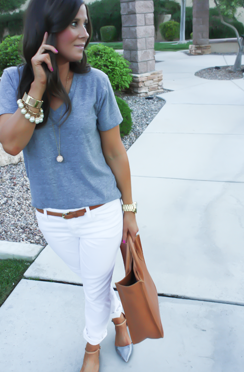 White Skinny Jeans, Relaxed Grey Tee, Flats, Madewell 3