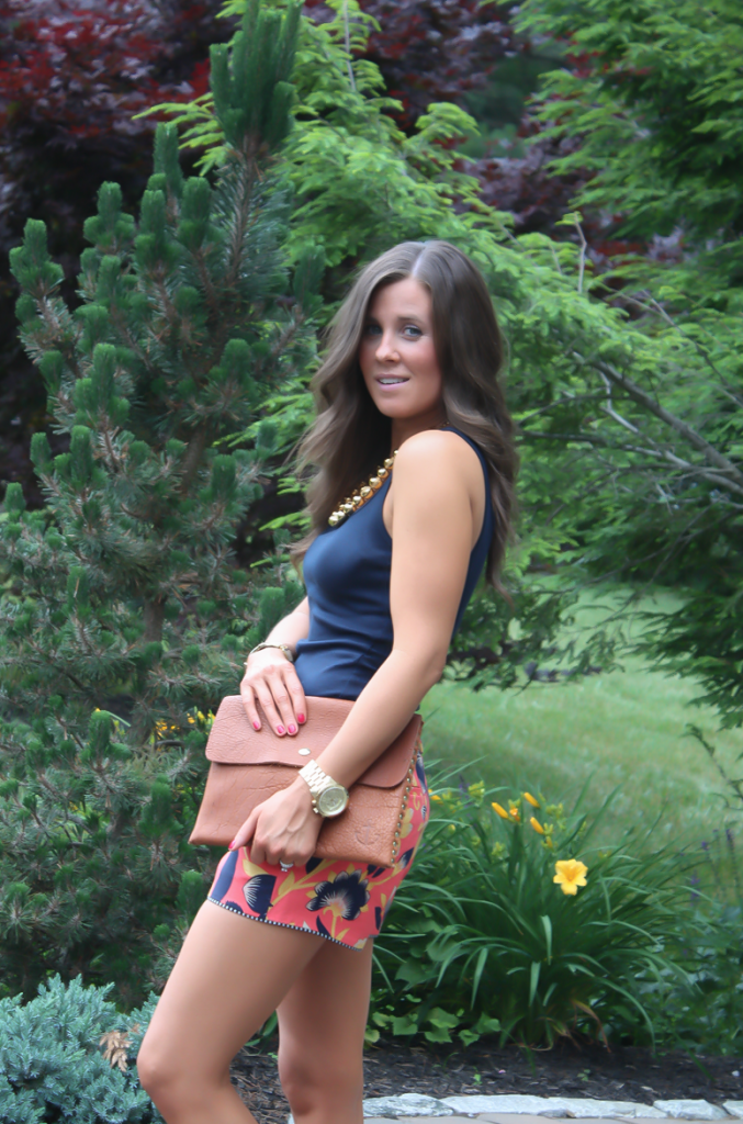 Orange and Navy Printed Shorts, Gold Necklace, Cognac Clutch, J.Crew, Old Navy 7