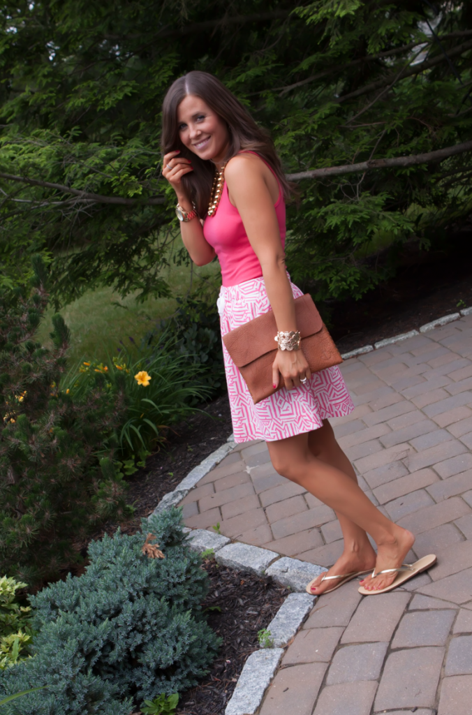 Pink Print Skirt, Pink Tank, Gold Sandals, J.Crew, Madewell, Old Navy, Gold Beaded Necklace 3