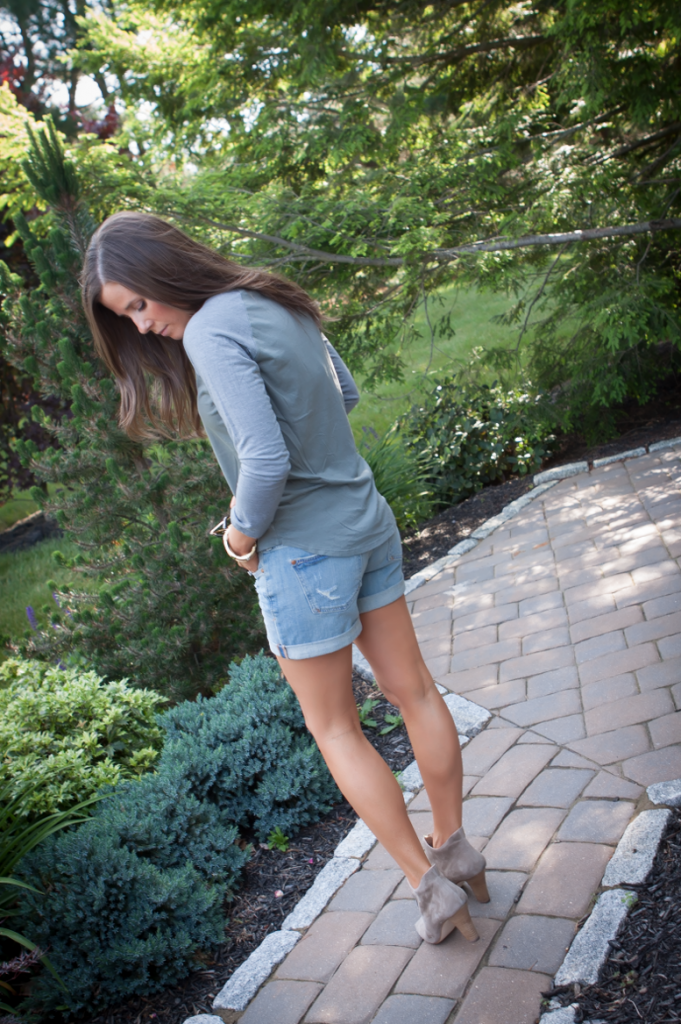 Toggery Tee, Cut Off Shorts, Peep Toe Booties, Toggery Brand, Paul Green, Anthropologie, Ray Ban 3
