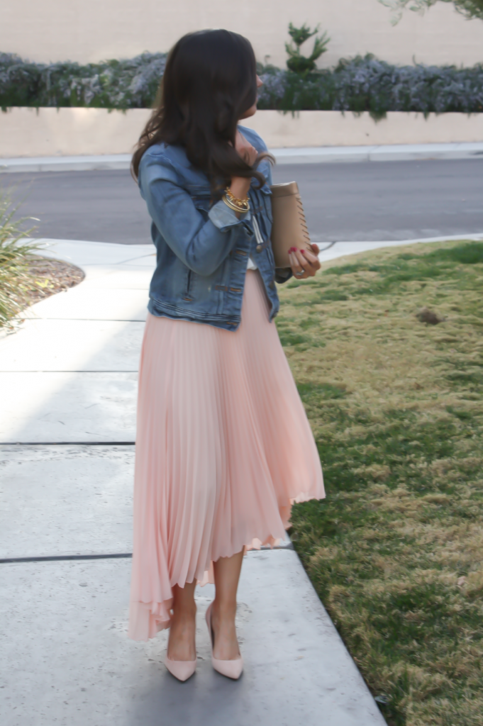 Blush Pink Pleated High Low Skirt, Ivory Ruffle Trim Camisole Blouse, Light Rinse Denim Jacket, Biege Suede Heels, Beige Leather Clutch, Tortoise Cuff 4