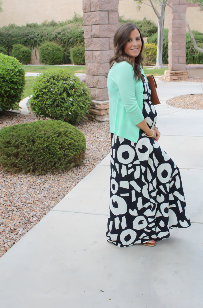 Navy Print Maxi Dress, Lime Green Cashmere Cardigan, Gold Sandals, Cognac Clutch with Gold Studs, Loft, J.Crew, Tory Burch, Madewell, Jennifer Zeuner 4
