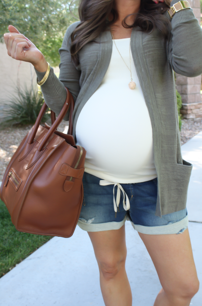 Green Open Cardigan, Denim Jogger Shorts, Ivory Tank Top, Brown Leather Sandals, Brown Leather Bag, Loft, Lou and Grey, Joe's Jeans, Old Navy, Tory Burch, Celine 24