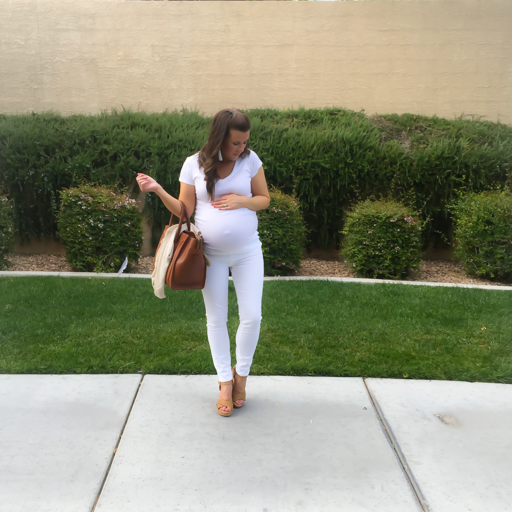 Nordstrom Minimalist Style, White Tee, White Skinny Jeans, Tan Sandals, Cognac Tote, Beige Sweater, Nordstrom