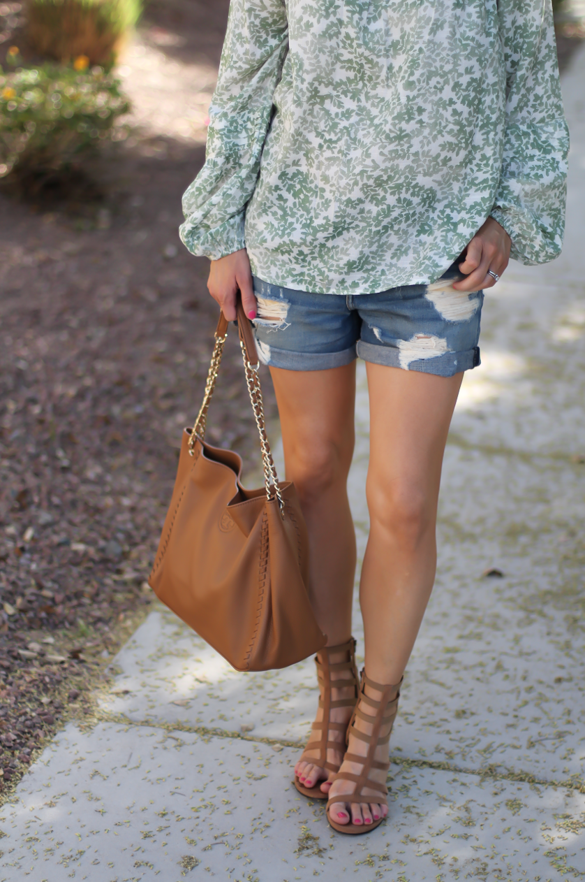 Gren Floral Peasant Blouse, Distressed Denim Shorts, Gladiator Sandals, Tan Chain Strap Tote, Kohls, Lauren Conrad, Rag and Bone, Stuart Weitzman, Tory Burch 12