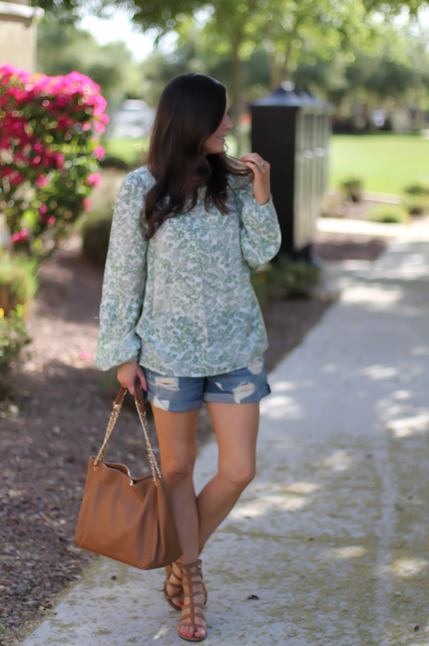 Gren Floral Peasant Blouse, Distressed Denim Shorts, Gladiator Sandals, Tan Chain Strap Tote, Kohls, Lauren Conrad, Rag and Bone, Stuart Weitzman, Tory Burch 3