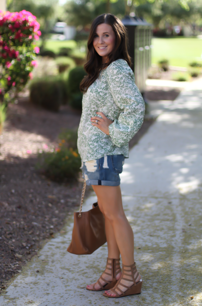 Gren Floral Peasant Blouse, Distressed Denim Shorts, Gladiator Sandals, Tan Chain Strap Tote, Kohls, Lauren Conrad, Rag and Bone, Stuart Weitzman, Tory Burch 4