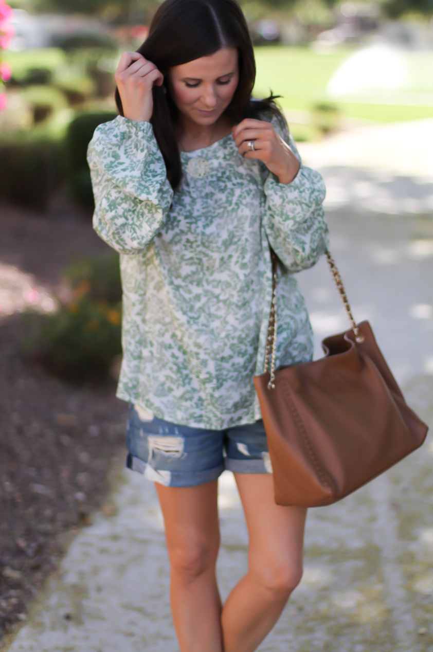 Gren Floral Peasant Blouse, Distressed Denim Shorts, Gladiator Sandals, Tan Chain Strap Tote, Kohls, Lauren Conrad, Rag and Bone, Stuart Weitzman, Tory Burch 9