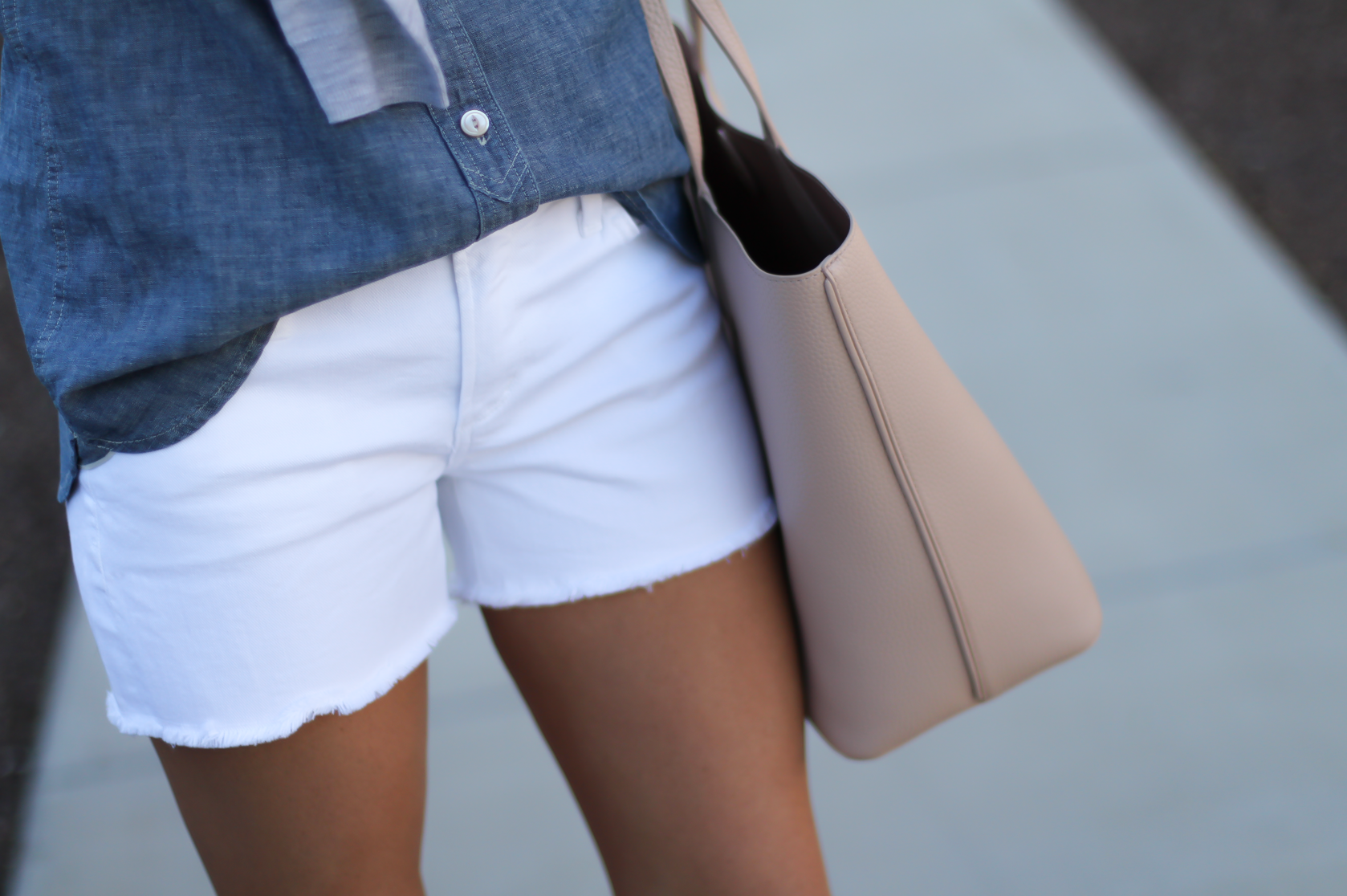 Chambray Shirt, White Cutoff Shorts, Beige Espadrille Wedges, Beige Tote, Grey Cashmere Cardigan, J.Crew, Citizens of Humanity, Vince, Tory Burch 20