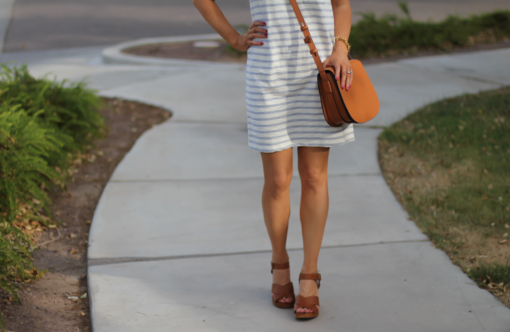 Grey Striped Button Back Short Sleeve Dress, Cognac Leather Wedge Sandals, Cognac Saddlebag, Madewell, Tory Burch 10