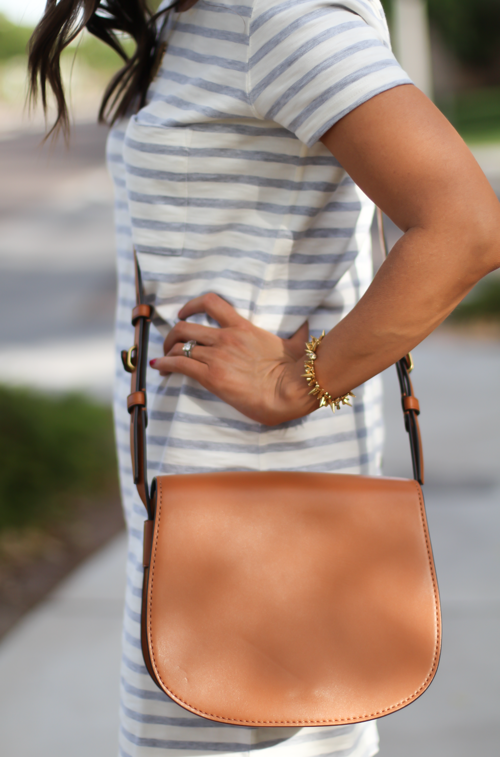 Grey Striped Button Back Short Sleeve Dress, Cognac Leather Wedge Sandals, Cognac Saddlebag, Madewell, Tory Burch 22
