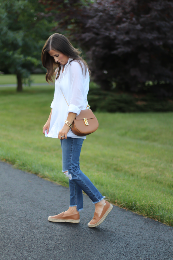White Summer Tunic Blouse, Distressed Jeans, Tan Leather Espadrille Flats, Tan Chain Strap Crossbody Bag, Loft, Joe's Jeans, Soludos 4