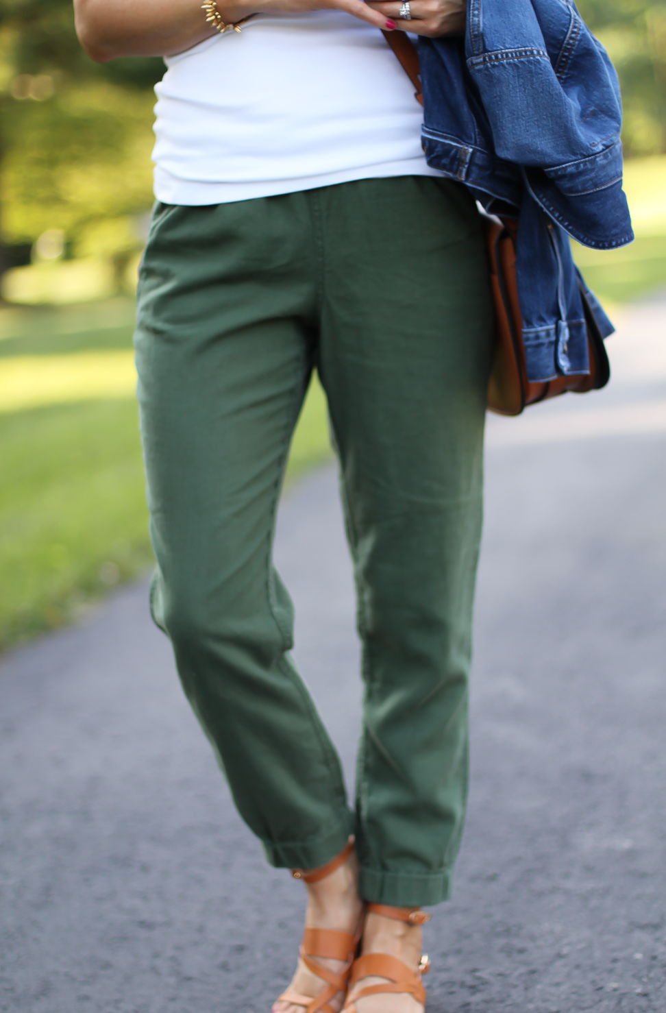 Army Green Joggers, White Sleeveless Shell Tee, Gladiator Sandals, Saddle Bag, J.Crew, tory Burch, Ancient Gladiator 10