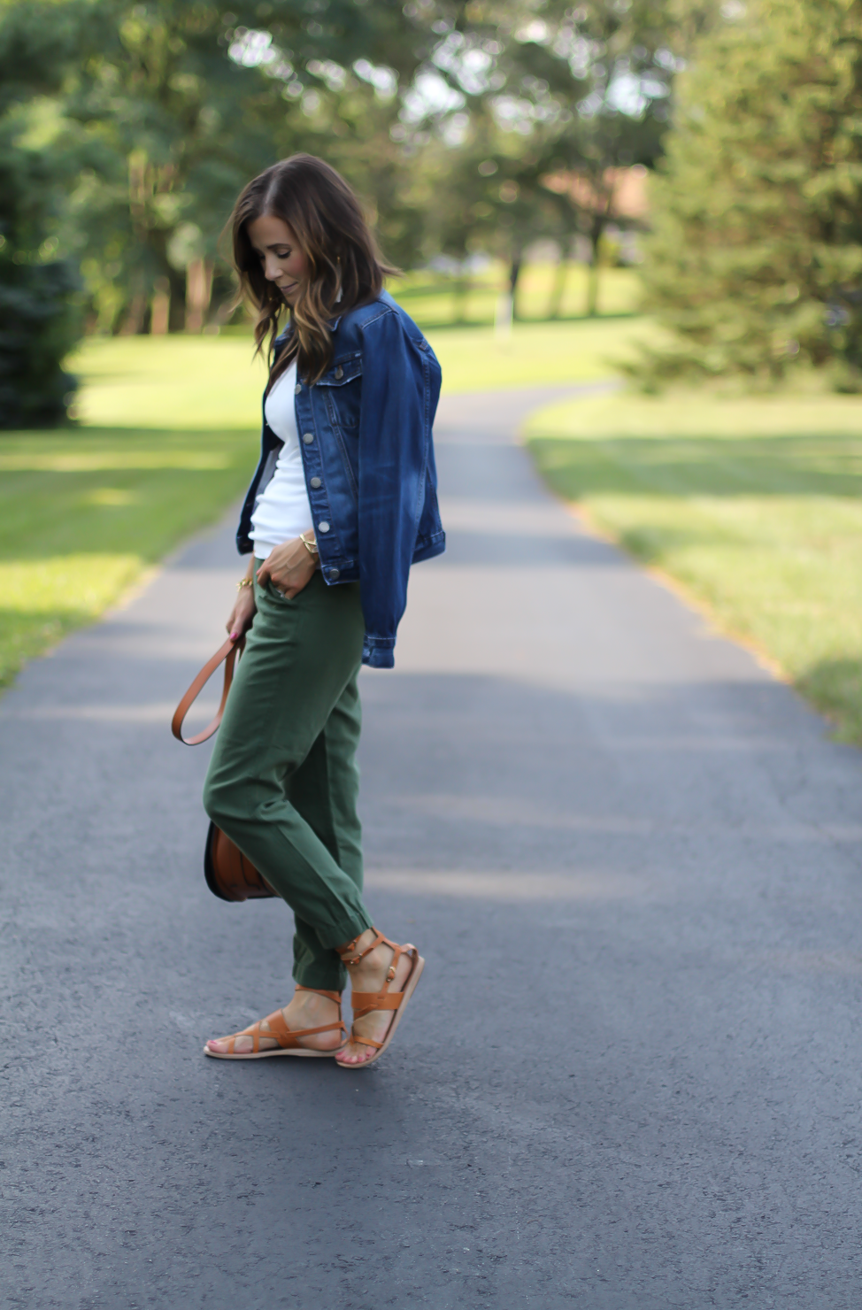 Army Green Joggers, White Sleeveless Shell Tee, Gladiator Sandals, Saddle Bag, J.Crew, tory Burch, Ancient Gladiator 2